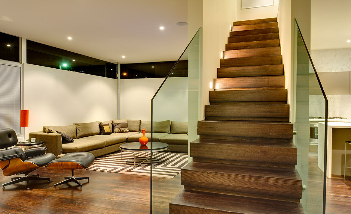 feature glass staircase