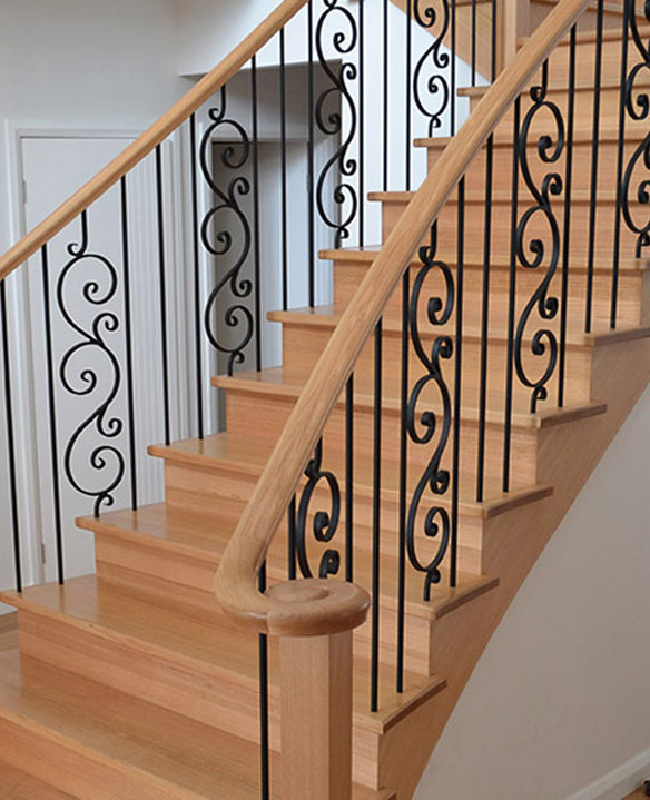 Exceptionnel Decorative Additions For Timber Handrails, Such As Scrolls.