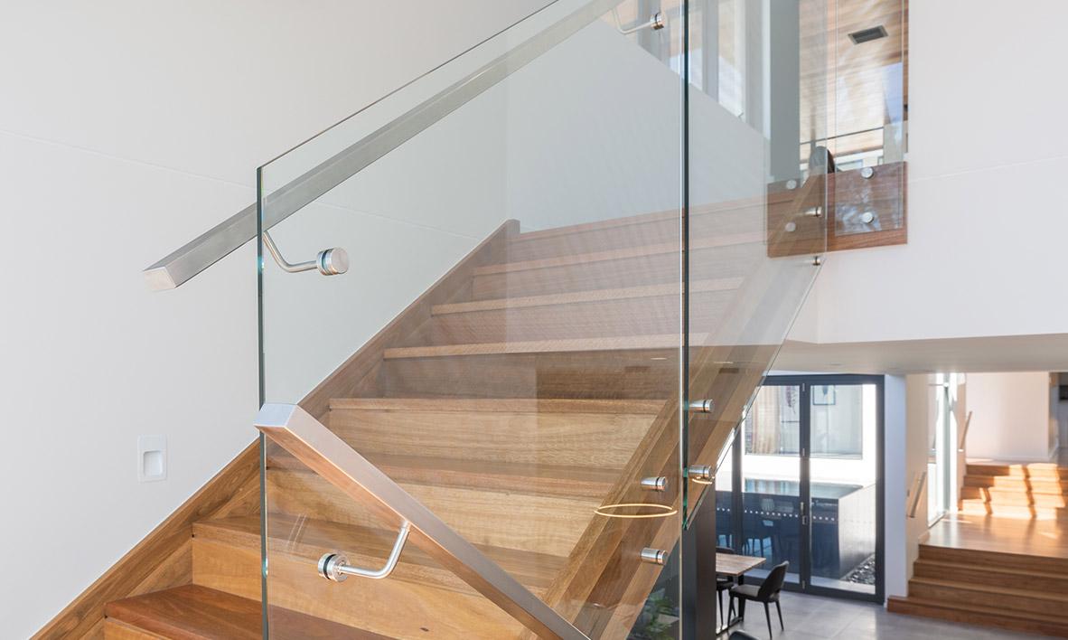 Charmant Glass Balustrading