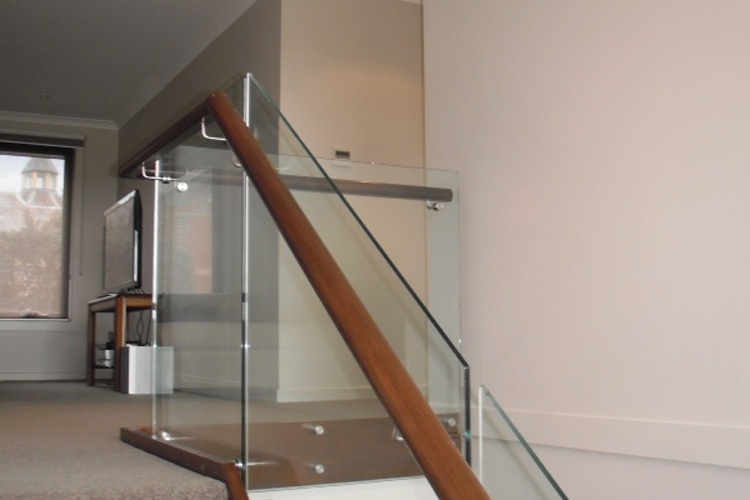 A Guide To Maintaining Your Glass Balustrades Gowling Stairs